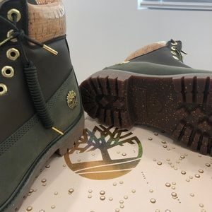"""Timberland 6"""" Limited addition boots"""
